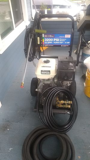 Pressure washer for Sale in Everett, WA