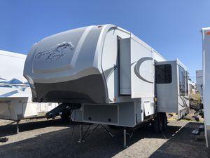 2011 28ft Open Range Roamer 280RLS 3 slide outs for Sale in Tacoma, WA