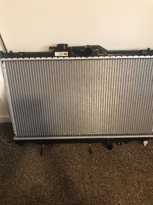 Radiator for 98 toyota corolla or 2001 chevy prism for Sale in Sanger, CA