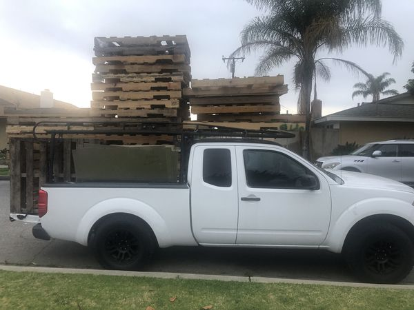Truck Nissan Frontier 2005 4 cylinders automatic