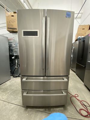 Bosch refrigerator 36 x 69 brand new stainless steel one receipt for 90 days warranty for Sale in Peabody, MA