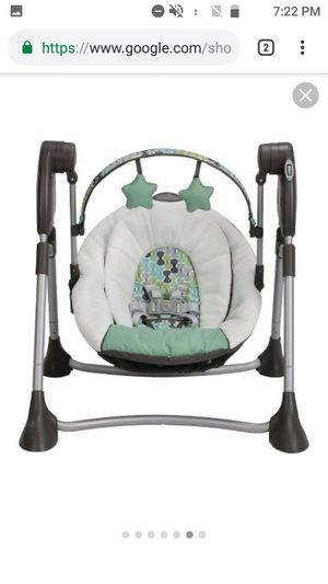 Graco Slim Spaces Compact Baby Swing for Sale in Denver, CO