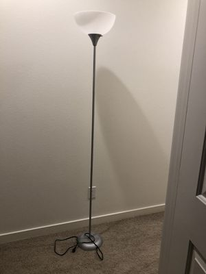 Lamp for Sale in Foothill Ranch, CA
