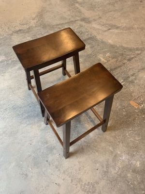 Set of two bar stools for Sale in Herndon, VA