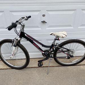 "Girls Trek MT220 24"" Bike for Sale in Gainesville, VA"
