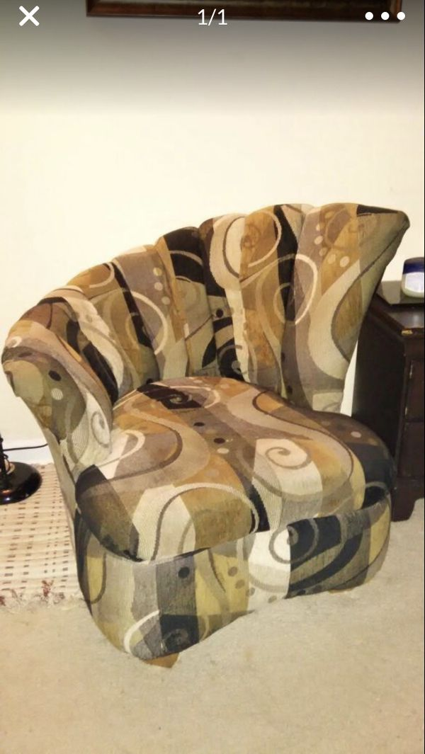 Scent Scalloped Chair