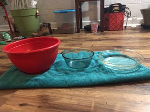 Bowls/dish for Sale in Durham, NC