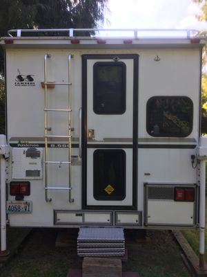 2002 S&S ponderosa 8.5SC camper for Sale in Snohomish, WA
