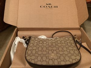 Coach purse for Sale in Pflugerville, TX
