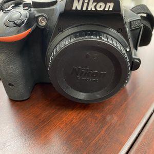 Nikon D5500 Camera for Sale in Modesto, CA