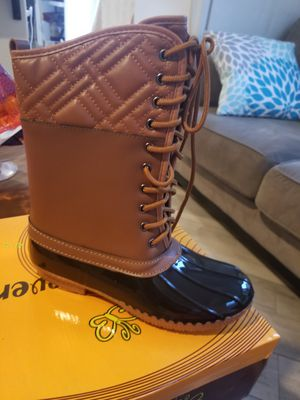 For Snow or rain boots for Sale in Chino, CA