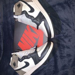 Air Jordan 1 Retro High Dark Mocha 7Y for Sale in Los Angeles, CA