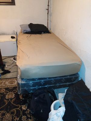 Twin bed for sale!! $60 MUST PICK UP!!! Contact # {contact info removed} Tammy for Sale in Fort Washington, MD