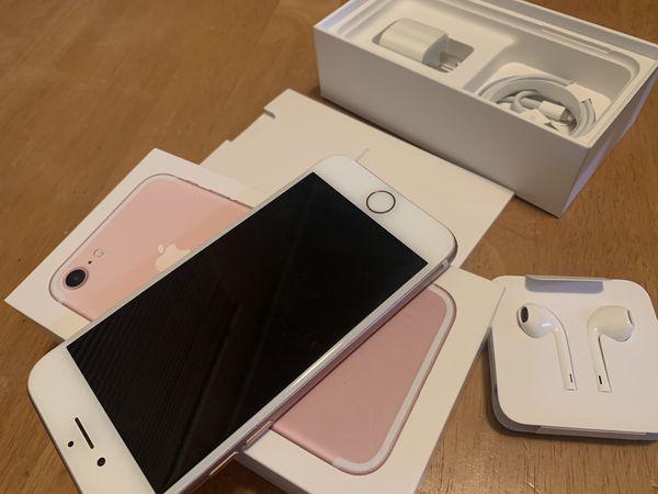 Apple iPhone 7, 128GB, Rose Gold- Unlocked