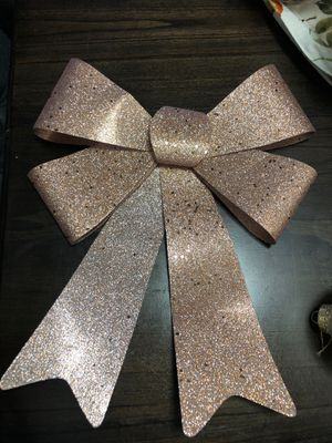 Rose Pink Tree Bow for Sale in Queens, NY