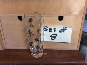 """Set of eight mid century, atomic snowflake holiday glasses 7"""" for Sale in Santa Ana, CA"""