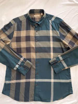 Burberry plaid button up for Sale in Los Angeles, CA