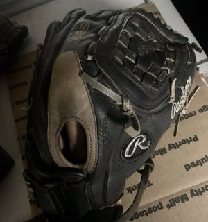 """Rawlings softball glove 13 1/2"""" for Sale in West Carson, CA"""