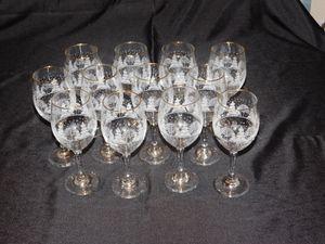Arby's Vintage Winter Scene Goblets & Glasses for Sale in Phoenix, AZ