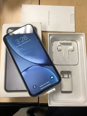 NEW APPLE iPHONE XR 64GB UNLOCKED VERIZON AT&T T-MOBILE CRICKET METRO for Sale in Fresno, CA