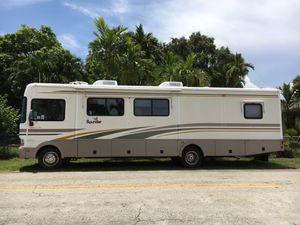 MOTORHOME BOUNDER ....Miles 20.000...2 Slices for Sale in Miami, FL