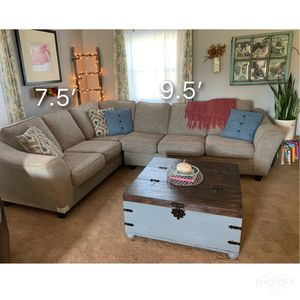 Lazy Boy sectional for Sale in Nashport, OH
