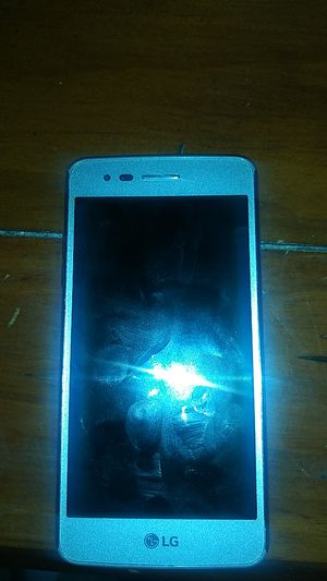 LG phone for sell, i just got a nee phone and looking for a buyer, its still in good shape, contact for price. for Sale in Phoenix, AZ
