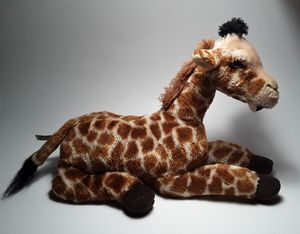 GIRAFFE PLUSHIE for Sale in North Port, FL