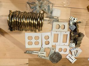 16 Kitchen cabinet handles and some other parts. for Sale in Lombard, IL
