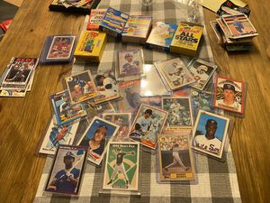Amazing Baseball Cards / Football Cards / Some Basketball Cards and Hockey Cards Collection for Sale in Fort Lauderdale, FL