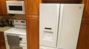 Kenmore Elite Refrigerator for Sale in Fort Lauderdale, FL