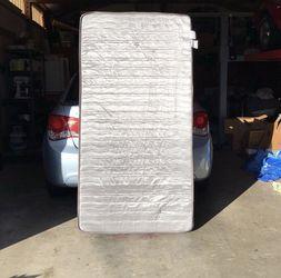 Wayfair Twin Matress for Sale in Puyallup,  WA