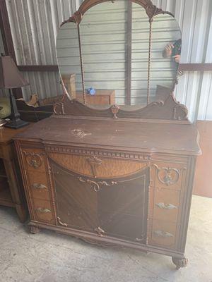 Antique dresser for Sale in North Port, FL