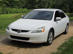Excellent car Honda Accord clean white for Sale in New Haven, CT
