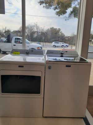 🔥🔥New Maytag washer and gas dryer set with agitator (6) month warranty 🔥🔥 for Sale in Mount Rainier, MD