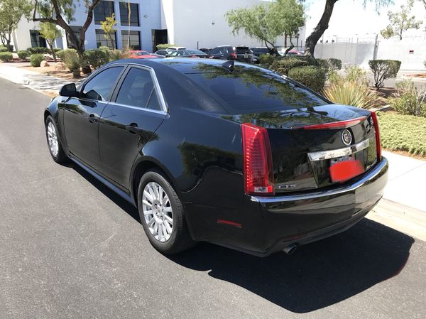 2011 Cadillac CTS low miles!