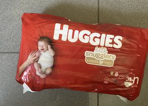 3 NB huggies diapers for Sale in Azusa, CA