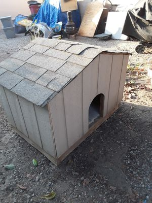 Dog house for Sale in Phillips Ranch, CA