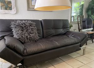 Sofa futon black leather , like new for Sale in Fort Lauderdale, FL