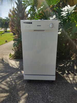 KENMORE APARTMENT DISHWASHER for Sale in St. Petersburg, FL