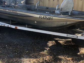 1986 Pro Bass Boat For Part Only for Sale in Orlando,  FL