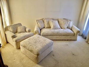 Custom upholstered furniture set for Sale in Las Vegas, NV