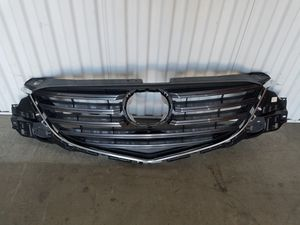 2013 2014 2015 2016 GRILLE MAZDA CX5 CX-5 OEM for Sale in Lawndale, CA
