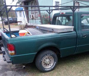 I'm Looking for an aluminum camper for work.( Short box) Busco camper de herramienta de trabajo ( caja corta ) for Sale in Selma, NC