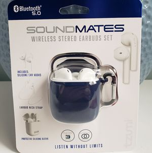SoundMates Wireless Earbuds with wireless charging for Sale in Brooklyn, NY