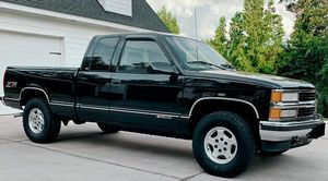 GREATT 1997 Chevrolet Silverado 1500 for Sale in Creve Coeur, MO