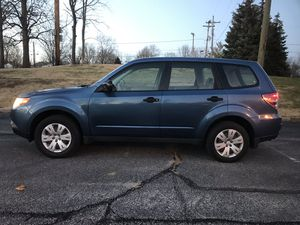 2010 subaru forester 4WD for Sale in Greenwood, IN