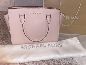 Michael Kors Leather Satchel Crossbody Messenger Tote Bag Handbag Purse Shoulder With Duster . for Sale in Las Vegas, NV