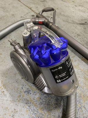 Dyson City DC26 MultiFloor Vacuum for Sale in Pompano Beach, FL