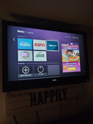 """45"""" Vizio flat screen HDTV USB not a smart TV $85 no stand. U need a.wall mount for Sale in Los Angeles, CA"""